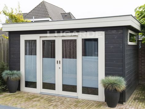 Lugarde Prima Eva flat roof summerhouse with sliding door