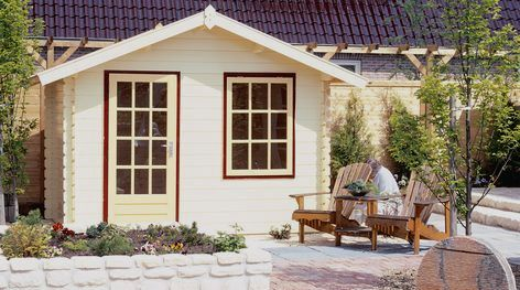 Somerset pine log cabins from Lugarde