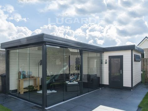 Lugarde Prima Sofia flat roof summerhouse with two canopies